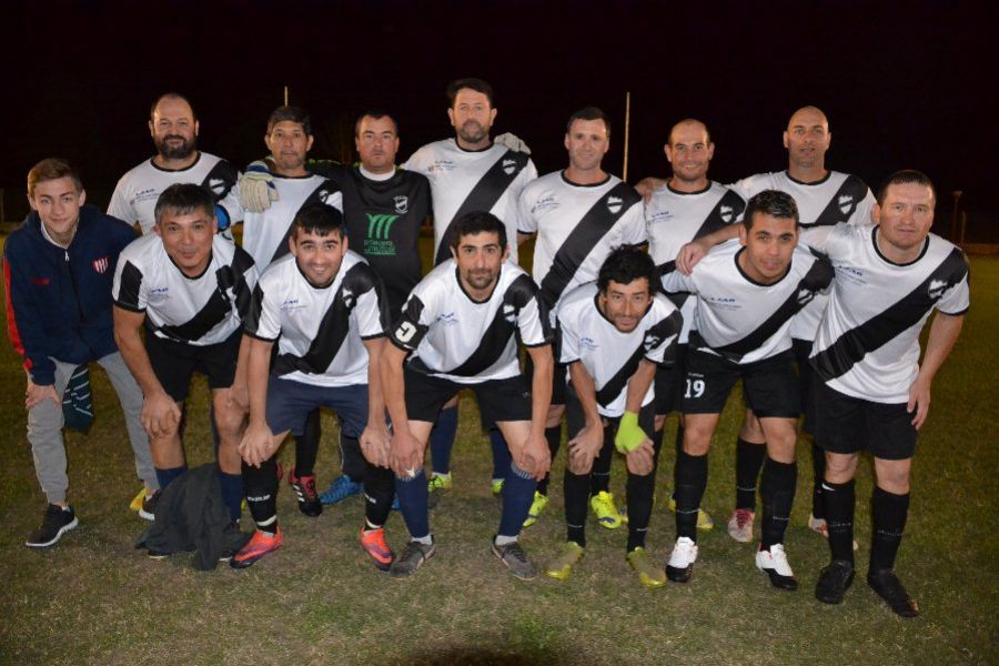 Apertura Senior USD vs Alumni