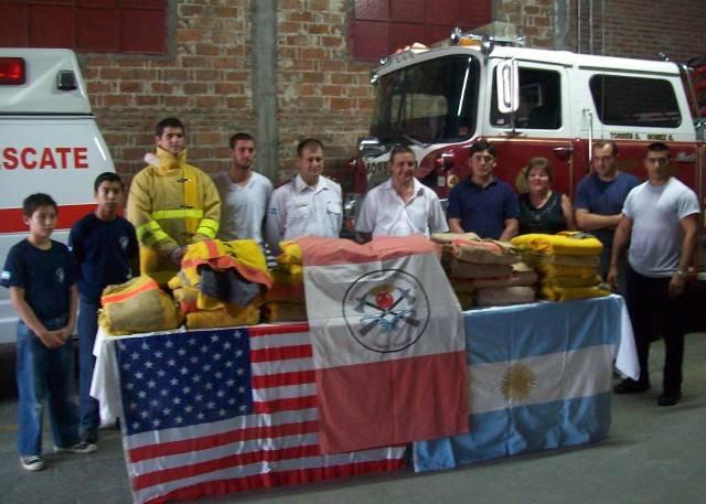 Bomberos Voluntarios - Foto www.fmspacio.com