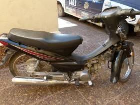 Secuestro de moto - Foto Relaciones Policiales URXI