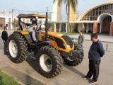 Tractor Valtra - Foto Comuna de Franck